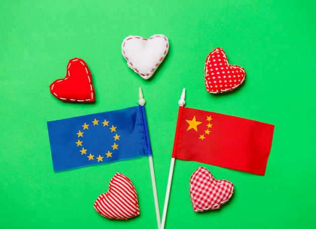 Heart shapes and flag of europe union and china