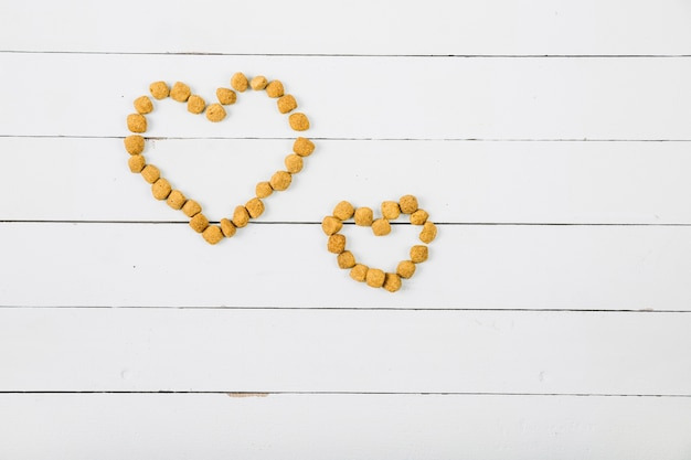 Hearts from pet food