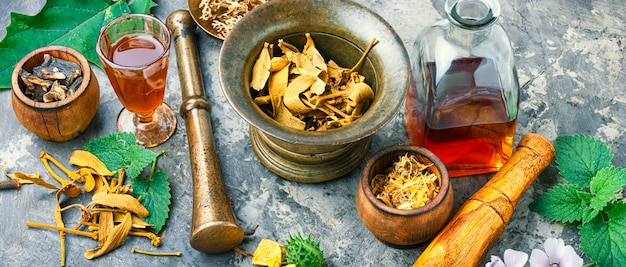 Herbal naturopathic medicine