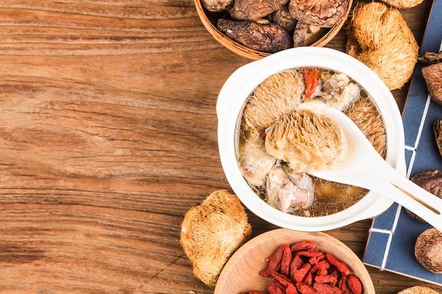 Hericium ребрышки суп тушеная китайская еда