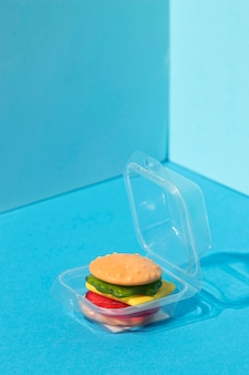 Assortimento dall'alto di caramelle per hamburger