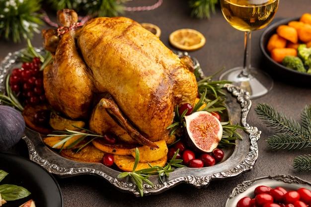 クリスマス料理のハイアングルの品揃え