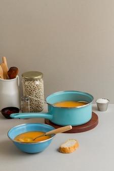 鍋に角豆のスープ