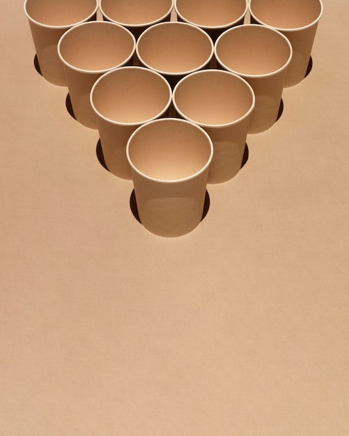 High angle cups arrangement