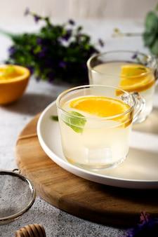 オレンジスライスのハイアングルグラス
