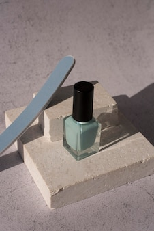 High angle nail products arrangement