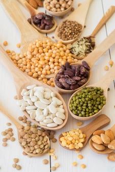 豆の配置の高角度のコンセプト