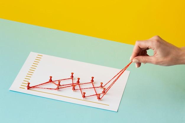 손으로 차트 통계 표시의 높은 각도