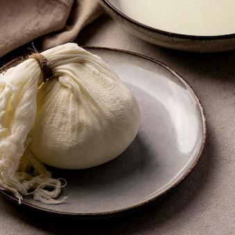 Большой угол процесса изготовления сыра
