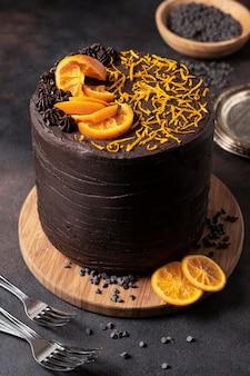 おいしいチョコレートケーキのコンセプトのハイアングル