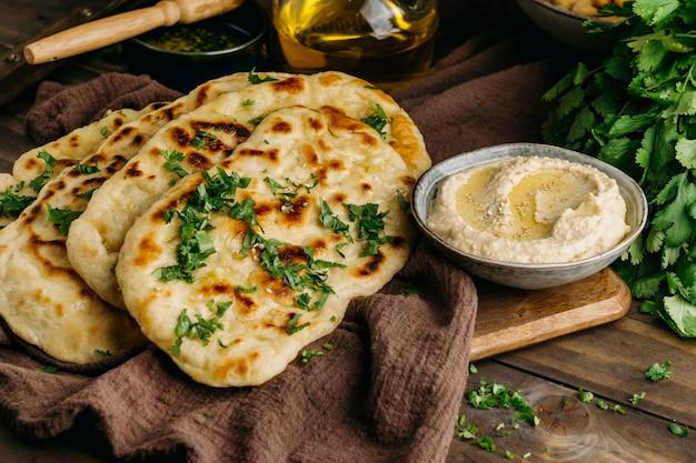 ハイアングルパキスタン料理