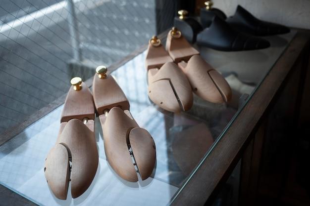 Элементы для изготовления обуви под большим углом