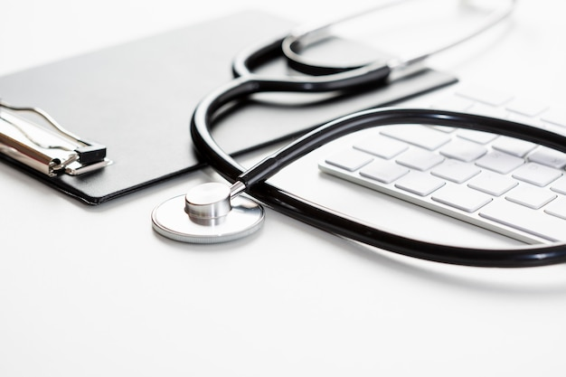 High angle stethoscope with keyboard