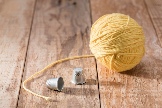 High angle of thimbles and thread