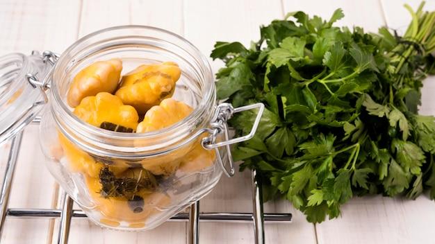 ハイアングル野菜とパセリ