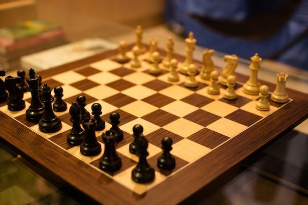チェス盤の高角度のビュー