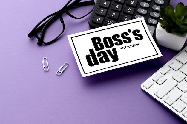幸せなボスの日の概念の高角度のビュー