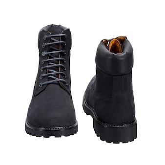 Высокие кожаные туфли со шнурками на протекторе, изолированные на белой поверхности