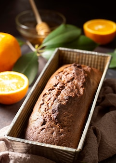 Alta vista delizioso dessert invernale di pane dolce