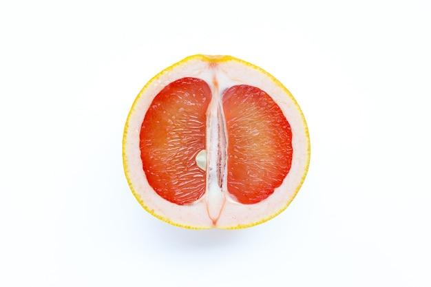 高ビタミンc。ジューシーなグレープフルーツ
