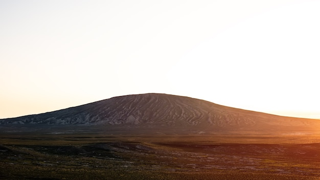 Грязевой вулкан на закате