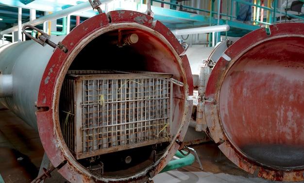 식품용 금속탱크용 고압가공 또는 고압수압기