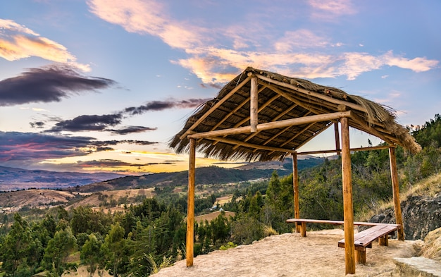 페루 huancayo 근처 안데스 산맥의 하이킹 코스