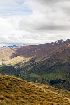 뉴질랜드 남섬의 언덕과 산