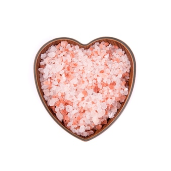 Himalayan pink salt in ceramic bowl