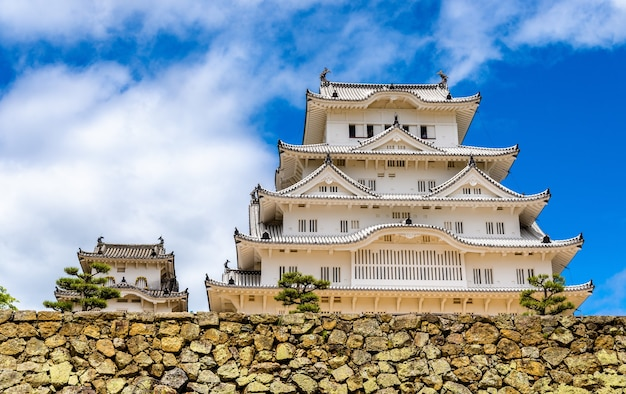 Замок химедзи в регионе кансай в японии