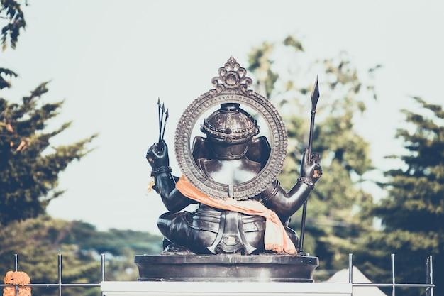 Индуистский бог