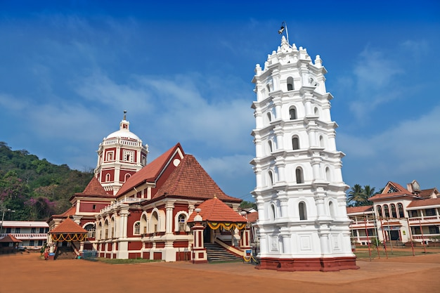 ポンダのヒンドゥー寺院