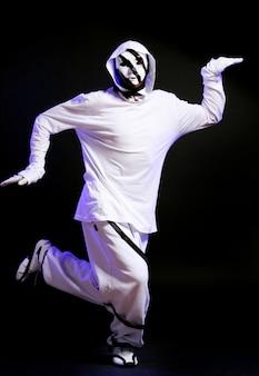 Hip hop dancer in dance