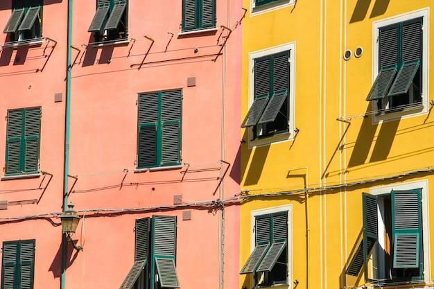 Историческая архитектура чинкве-терре в солнечный день