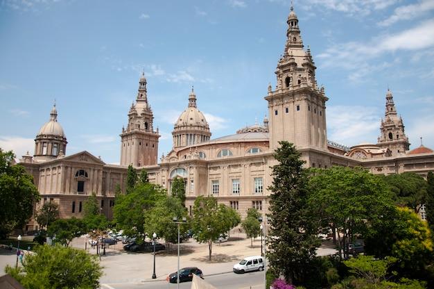 Историческое здание дворец пейзаж небо