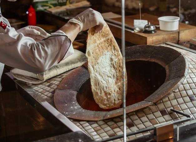 이 신선한 탄 디르에서 조상의 역사