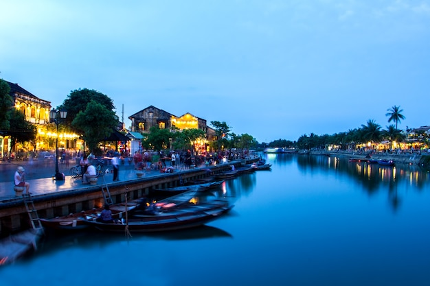 Hoi an old town beautiful after sunset