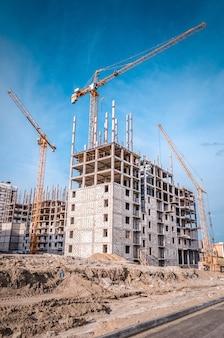 多階建ての家を建てる吊り上げタワークレーン