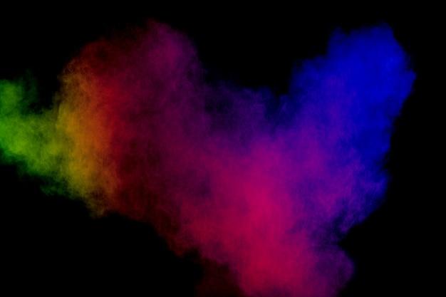 色の埃の飛沫を凍らせます。フェスティバルで塗られたholi。