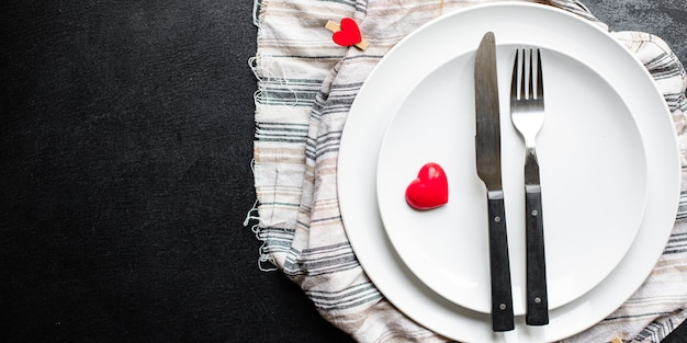 休日食器テーブルお祭り設定ラブプレート、フォーク、ナイフバレンタインデー