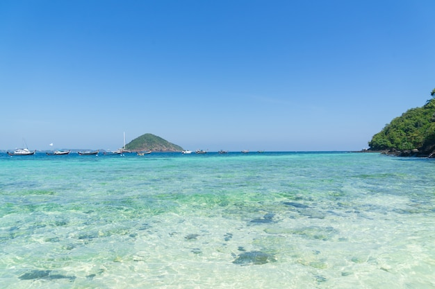 Holidays on the similan islands. exotic vibrant nature, turquoise water and the bright sun