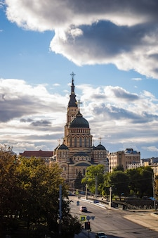 ハリコフの中心にある聖なる受胎告知大聖堂