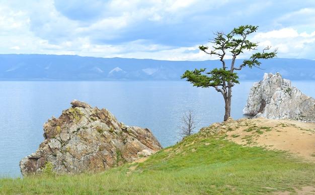 Святое место шаманов шаманка на острове ольхон