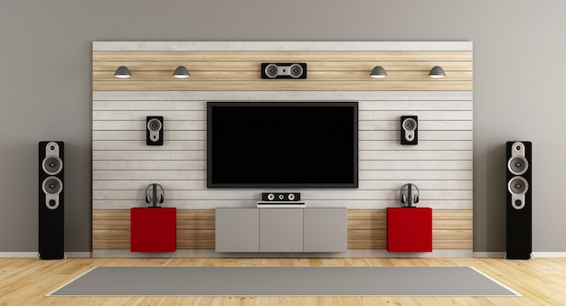 벽에 평면 tv가있는 홈 시네마 시스템