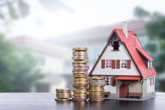 住宅ローンのコンセプトのための住宅ローンの不動産。