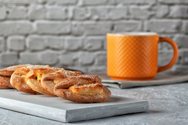 自家製ベーキング、カッテージチーズとお茶の自家製クッキー