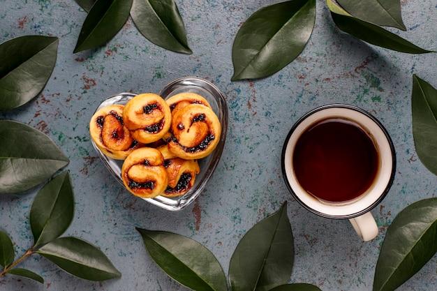 自家製ベリージャム入りクッキー、トップビュー