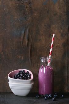 Homemade blueberry smoothie
