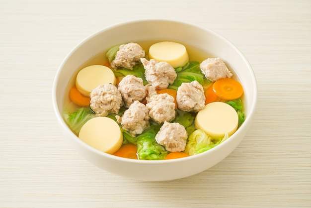 豆腐と豚ひき肉の自家製クリアスープ