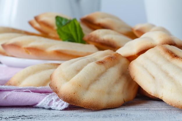 ミントと自家製クッキーマドレーヌ